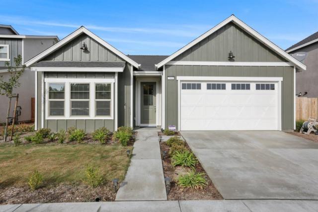 2441 N Divisadero Street, Visalia, CA 93230 (#145121) :: Robyn Graham & Associates