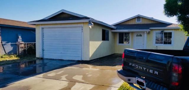 647 N Newman Road, Tipton, CA 93272 (#145916) :: Robyn Graham & Associates