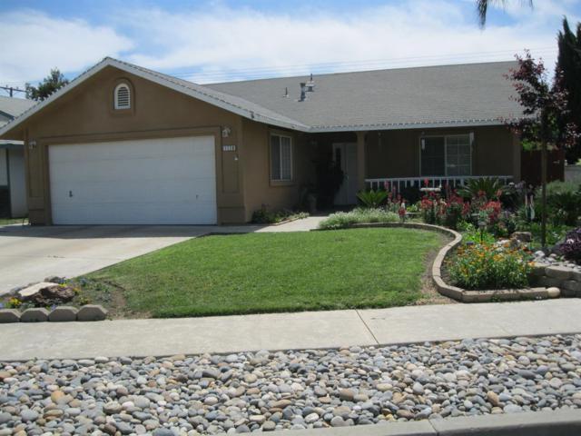 1179 W Madalyn Avenue, Tulare, CA 93274 (#145996) :: The Jillian Bos Team