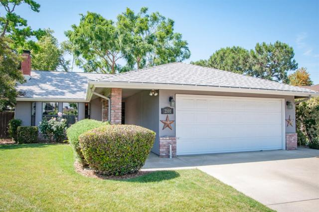 2101 S Stevenson Court, Visalia, CA 93277 (#146396) :: The Jillian Bos Team