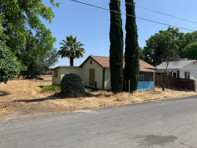 14130 Walnut Street, Armona, CA 93202 (#146734) :: Robyn Icenhower & Associates