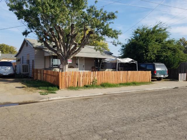 146 S Magnolia Avenue, Farmersville, CA 93223 (#146826) :: The Jillian Bos Team