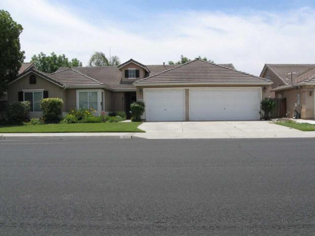 1071 W Pepper Drive, Hanford, CA 93230 (#147032) :: The Jillian Bos Team