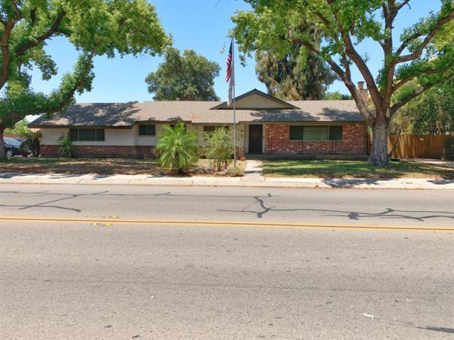 367 N Chinowth Street, Visalia, CA 93291 (#147261) :: The Jillian Bos Team