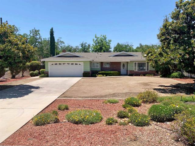 11140 13th Avenue, Hanford, CA 93230 (#147367) :: Robyn Icenhower & Associates