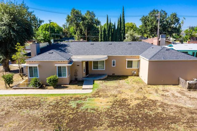 225 W Grangeville Boulevard, Hanford, CA 93230 (#147381) :: The Jillian Bos Team