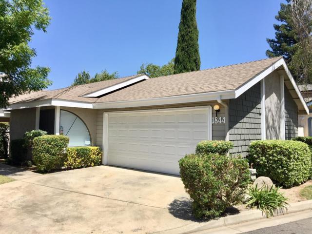 1844 E Babcock Avenue, Visalia, CA 93292 (#147740) :: Robyn Icenhower & Associates