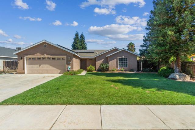 498 Crestwood Avenue, Woodlake, CA 93286 (#147850) :: The Jillian Bos Team