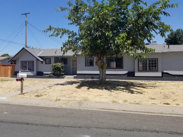 1926 W Belleview Avenue, Porterville, CA 93257 (#147904) :: The Jillian Bos Team