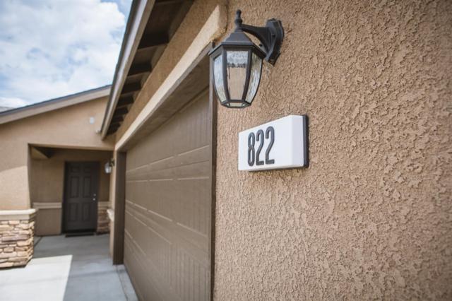 822 W Perez Avenue, Visalia, CA 93291 (#148010) :: Robyn Icenhower & Associates
