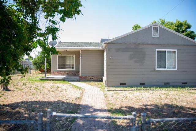 825 Lincoln Street, Hanford, CA 93230 (#148212) :: Robyn Icenhower & Associates