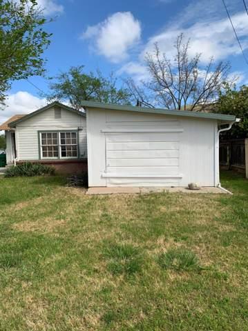 1460 E Naranjo, Woodlake, CA 93286 (#148431) :: Robyn Icenhower & Associates
