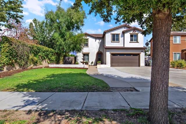 1920 N Fulgham Avenue, Visalia, CA 93291 (#148438) :: The Jillian Bos Team