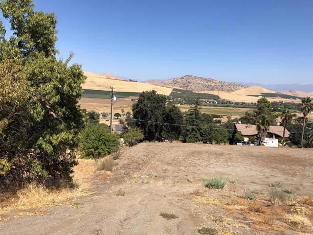1105 N Scenic Drive, Porterville, CA 93257 (#148477) :: Robyn Icenhower & Associates