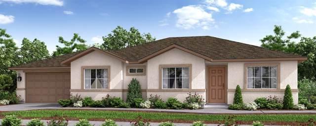 839-CAM 30 N Creekview, Porterville, CA 93257 (#148503) :: Robyn Icenhower & Associates