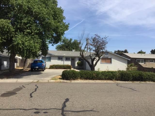 2548 W Howard Avenue, Visalia, CA 93277 (#148569) :: The Jillian Bos Team