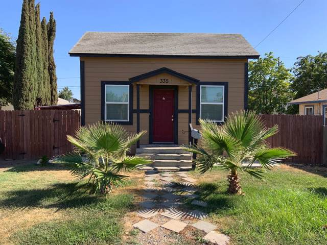 335 E Ivy Street, Hanford, CA 93230 (#148609) :: The Jillian Bos Team