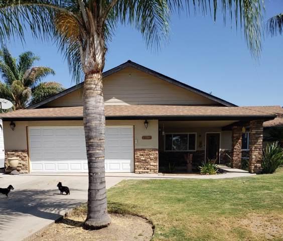 2112 White Chapel Way, Porterville, CA 93257 (#148617) :: Robyn Icenhower & Associates