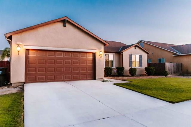 1086 Veronica Avenue, Dinuba, CA 93618 (#148683) :: Robyn Icenhower & Associates