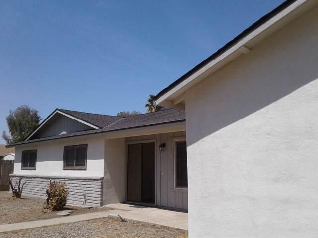 530 E Cambridge Avenue, Visalia, CA 93292 (#148687) :: Robyn Icenhower & Associates