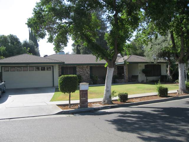 1457 Kaweah Drive, Tulare, CA 93274 (#200073) :: Robyn Icenhower & Associates