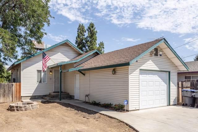 1724 N Court Street, Visalia, CA 93291 (#200227) :: The Jillian Bos Team