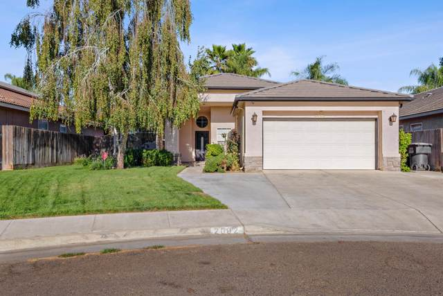 2002 N Madera Court, Visalia, CA 93292 (#200352) :: The Jillian Bos Team