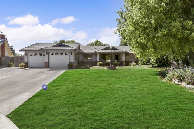 3610 E Acequia Court, Visalia, CA 93292 (#200413) :: The Jillian Bos Team