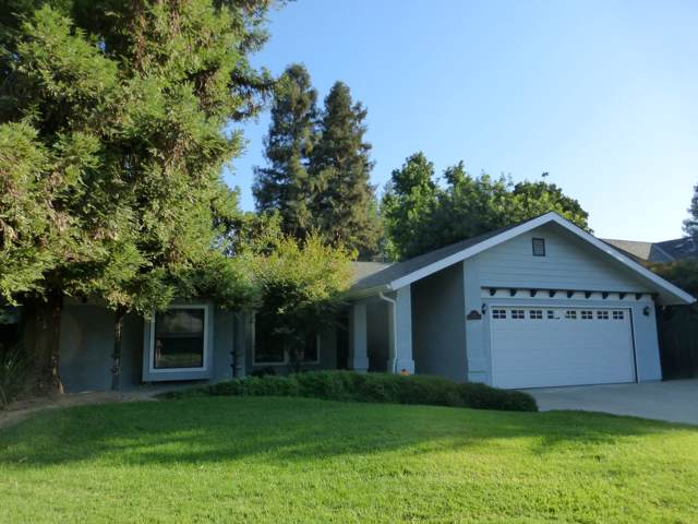 2440 E Princeton Avenue, Visalia, CA 93292 (#200492) :: The Jillian Bos Team
