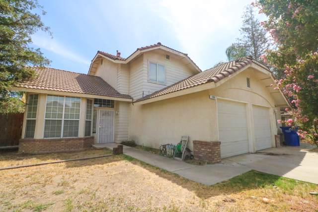 1490 N Villa Avenue, Dinuba, CA 93618 (#200647) :: Martinez Team