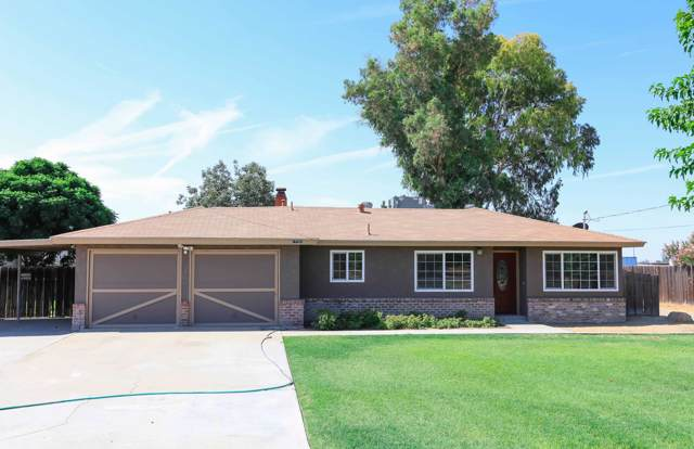 17151 Iona Avenue, Lemoore, CA 93245 (#200914) :: Martinez Team