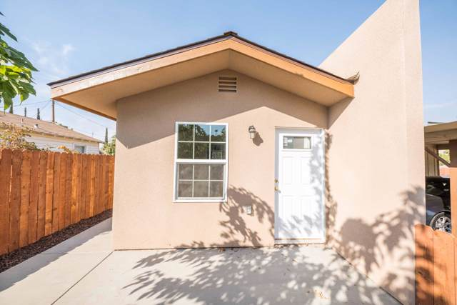 60 W School Avenue, Porterville, CA 93257 (#200933) :: Martinez Team