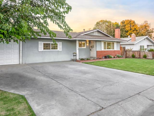 1728 W Sunnyside Avenue, Visalia, CA 93277 (#200966) :: The Jillian Bos Team