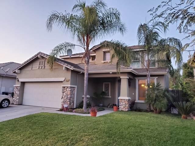 3010 W Sweet Avenue, Visalia, CA 93291 (#200967) :: Martinez Team