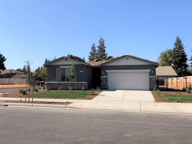 3335 S Meadowbrook Street S, Visalia, CA 93292 (#200973) :: Martinez Team