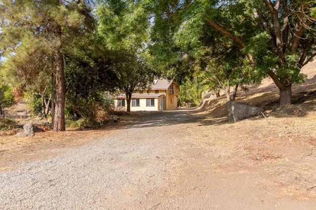 36260 Mistletoe Road, Squaw Valley, CA 93675 (#200997) :: The Jillian Bos Team