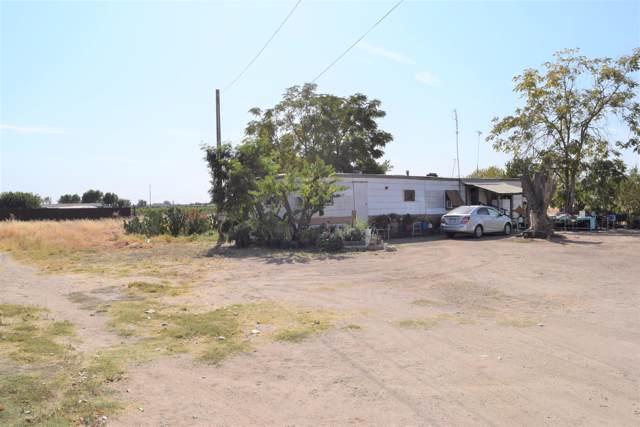 13197 Ave 416, Orosi, CA 93647 (#201006) :: The Jillian Bos Team