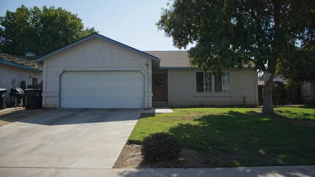 1921 E Pershing Avenue, Visalia, CA 93292 (#201017) :: The Jillian Bos Team