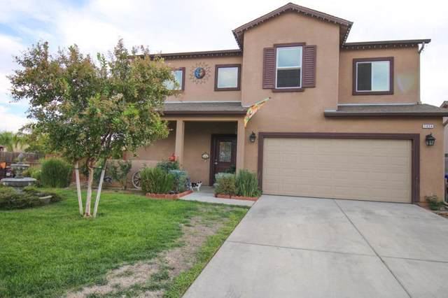 1424 San Antonio Avenue, Dinuba, CA 93618 (#201070) :: The Jillian Bos Team