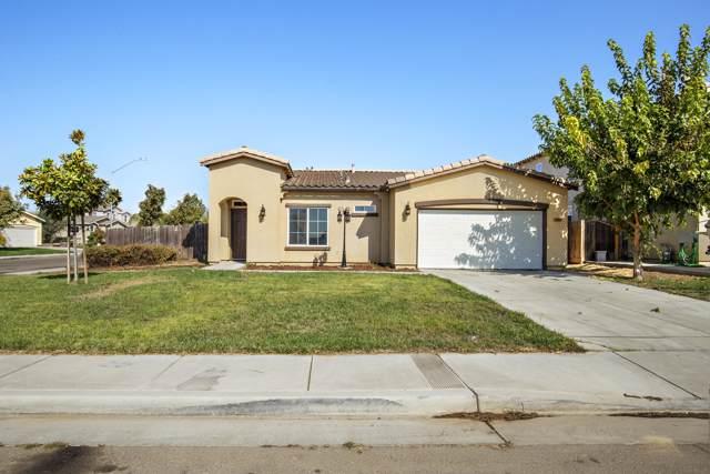 1889 San Antonio Avenue, Dinuba, CA 93618 (#201084) :: Martinez Team