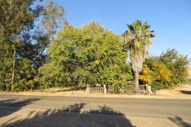 9560 Porter Avenue, Dinuba, CA 03247 (#201087) :: The Jillian Bos Team