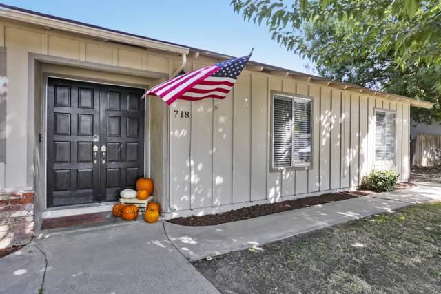 718 W Dorothea Avenue, Visalia, CA 93277 (#201088) :: The Jillian Bos Team