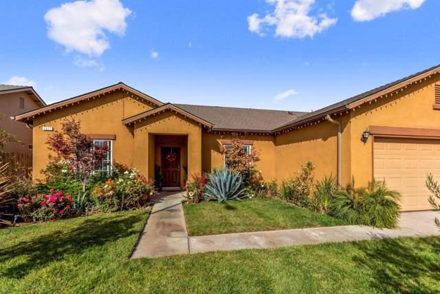 1311 San Antonio Avenue, Dinuba, CA 93618 (#201280) :: Martinez Team
