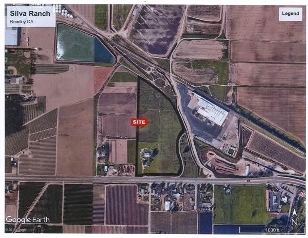 17466 Manning Avenue, Reedley, CA 93654 (#201388) :: Martinez Team
