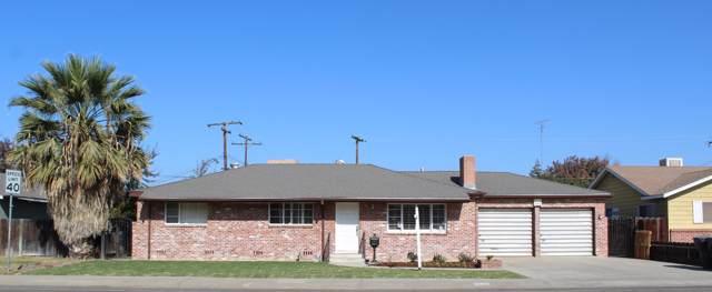 2544 W Tulare Avenue, Visalia, CA 93277 (#201430) :: The Jillian Bos Team