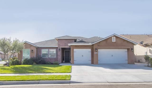 2693 Pinehurst Avenue, Tulare, CA 93274 (#201492) :: The Jillian Bos Team