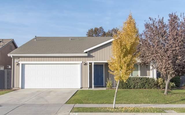 1676 Capistrano Avenue, Tulare, CA 93274 (#201585) :: Martinez Team
