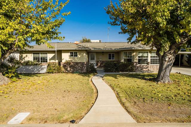 144 W Terrace Drive, Hanford, CA 93230 (#201629) :: Martinez Team