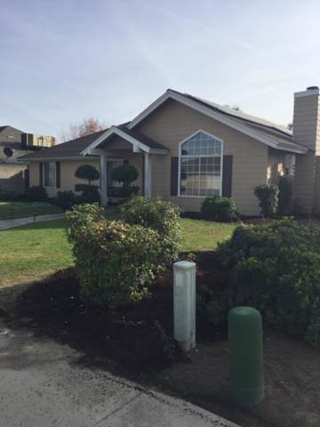 1340 Aslan Way Way, Kingsburg, CA 93631 (#201891) :: Martinez Team