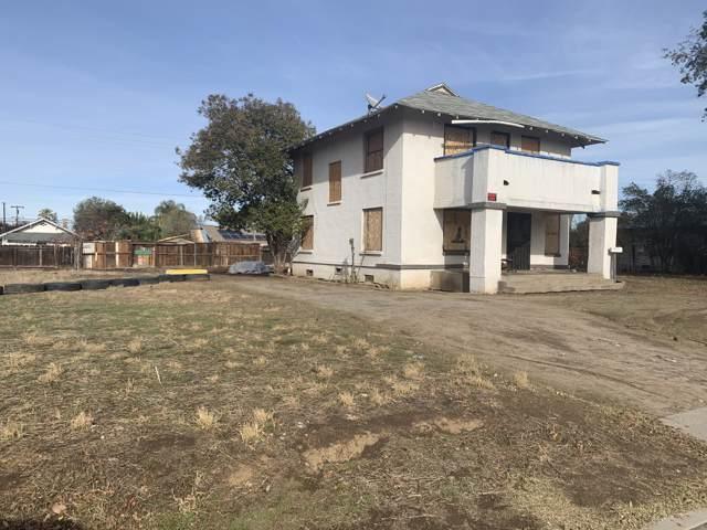 1365 E Whittaker Way, Dinuba, CA 93618 (#201899) :: Martinez Team